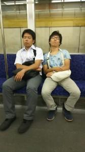 仲のいい、先輩と後輩。疲労困憊。